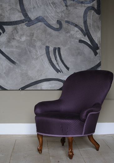 http://tcraig.co.uk/files/gimgs/10_dsc2786-purple-silk-chair.jpg